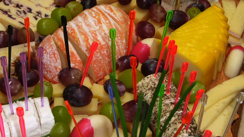 Partyservice, kalte Platten, Fingerfood, Käseplatte, Salamiplatte, Schinkenplatte